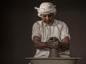 Pottery maker1